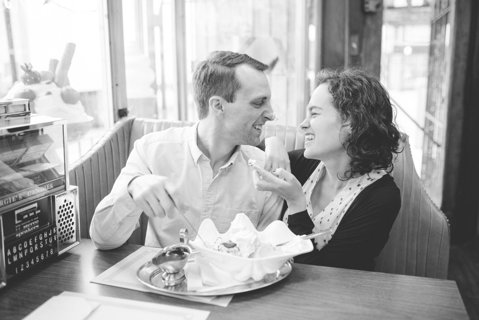 chicago-ice-cream-engagement-session-allison-ewing-photography-007-1