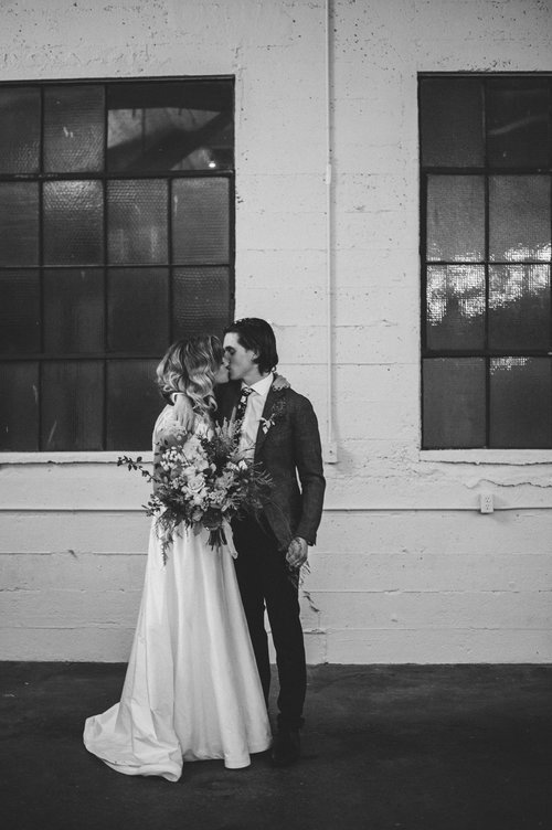 Downtown+Vancouver+Settlement+Building+Industrial+Wedding-Jessika+Hunter+Photography-65