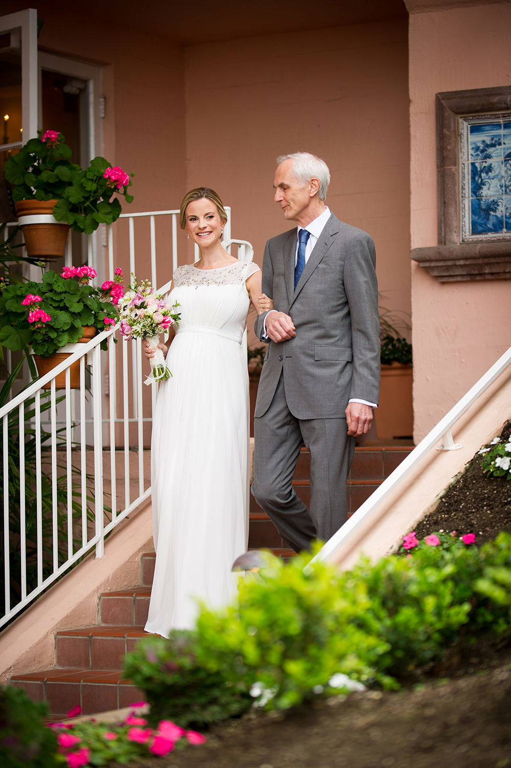 Bride and her father make their way to the ceremony