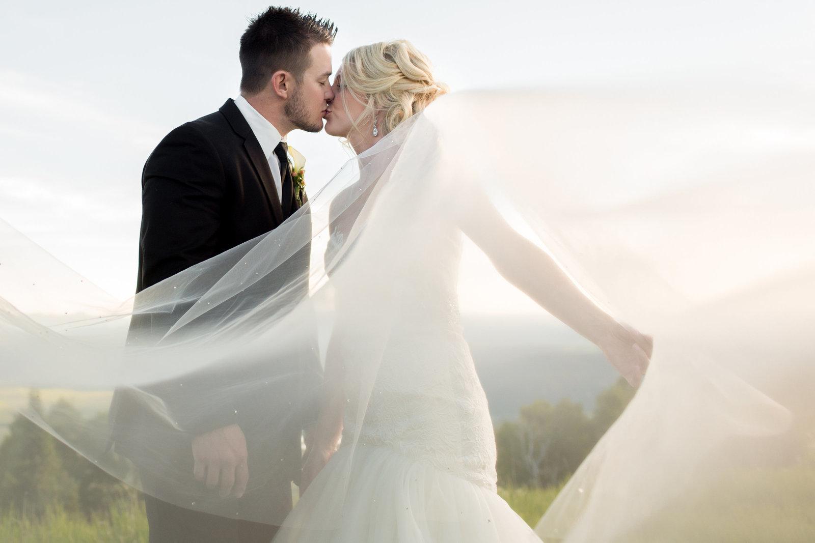 Gh5 For Wedding Photography: Estes Park And Breckenridge Colorado Wedding Photography