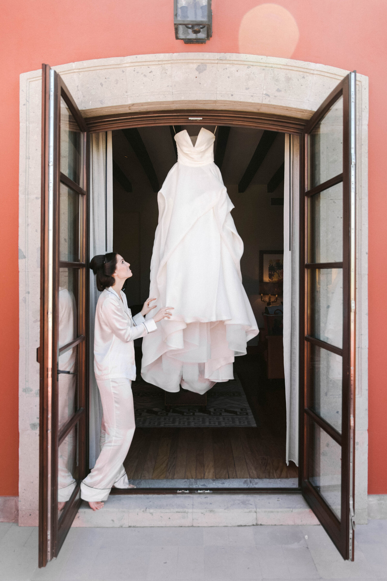 wedding dress san miguel wedding photographer