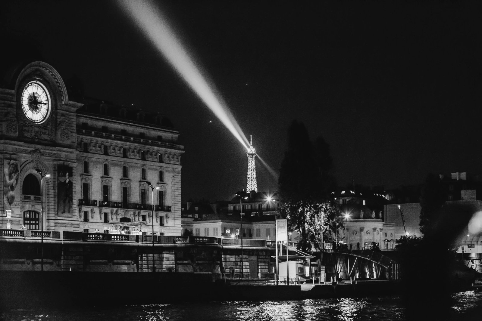musee-dorsay-night-paris-france-travel-destination-wedding-kate-timbers-photography-1846