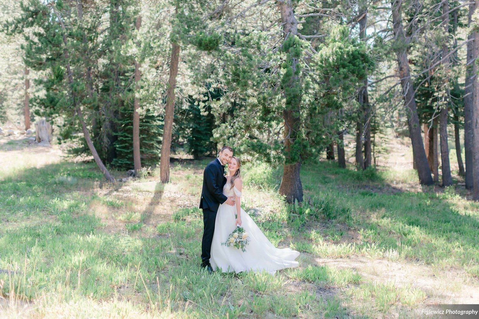 Garden_Tinsley_FiglewiczPhotography_LakeTahoeWeddingSquawValleyCreekTaylorBrendan00071_big