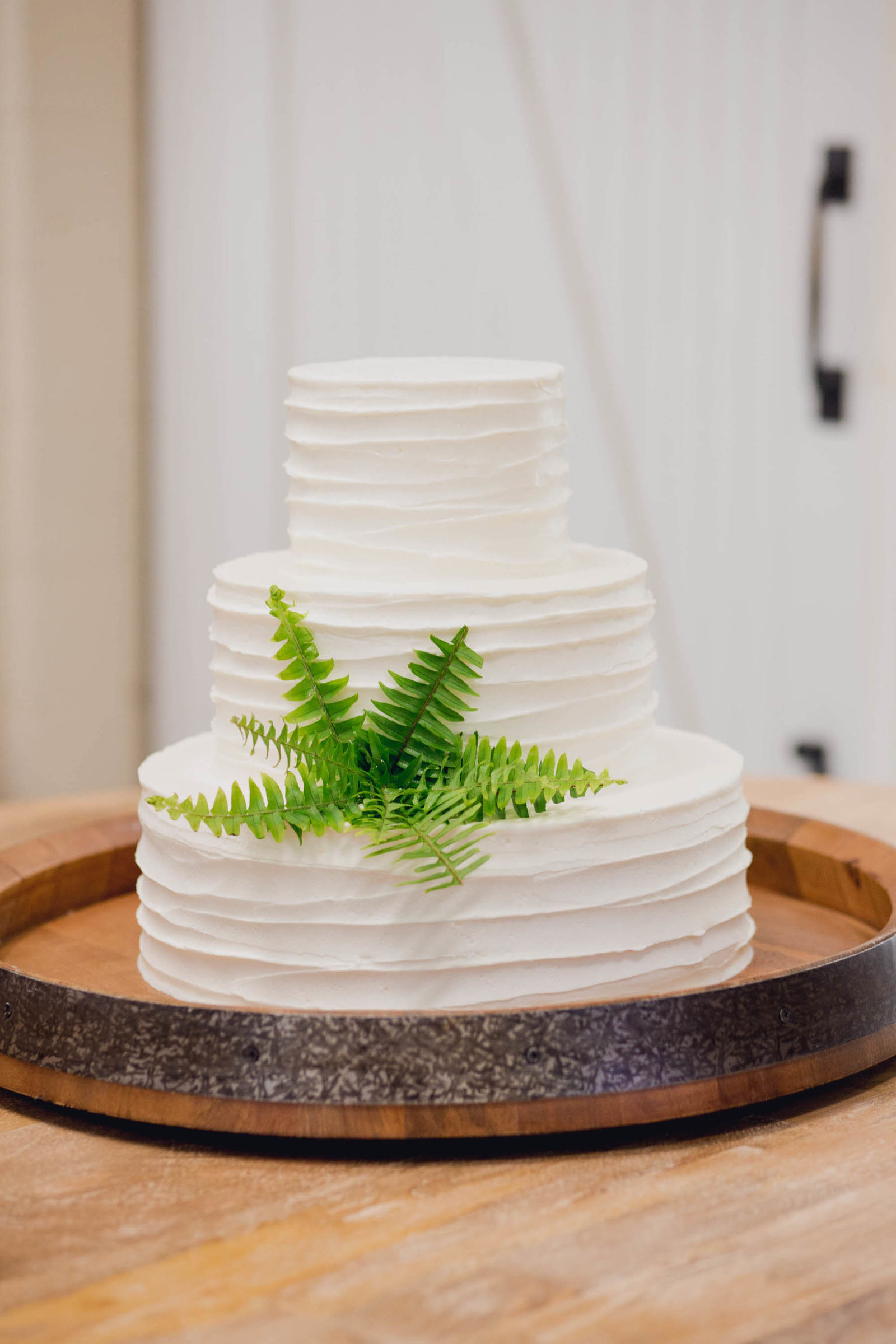 Simple white cake has fern as an accent, Old Wide Awake Plantation, Charleston, South Carolina