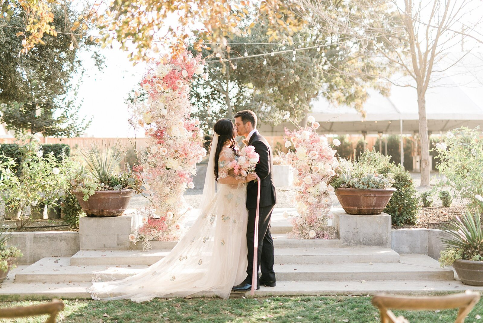 whimsie studios the gardens wedding venue in tulare_7735