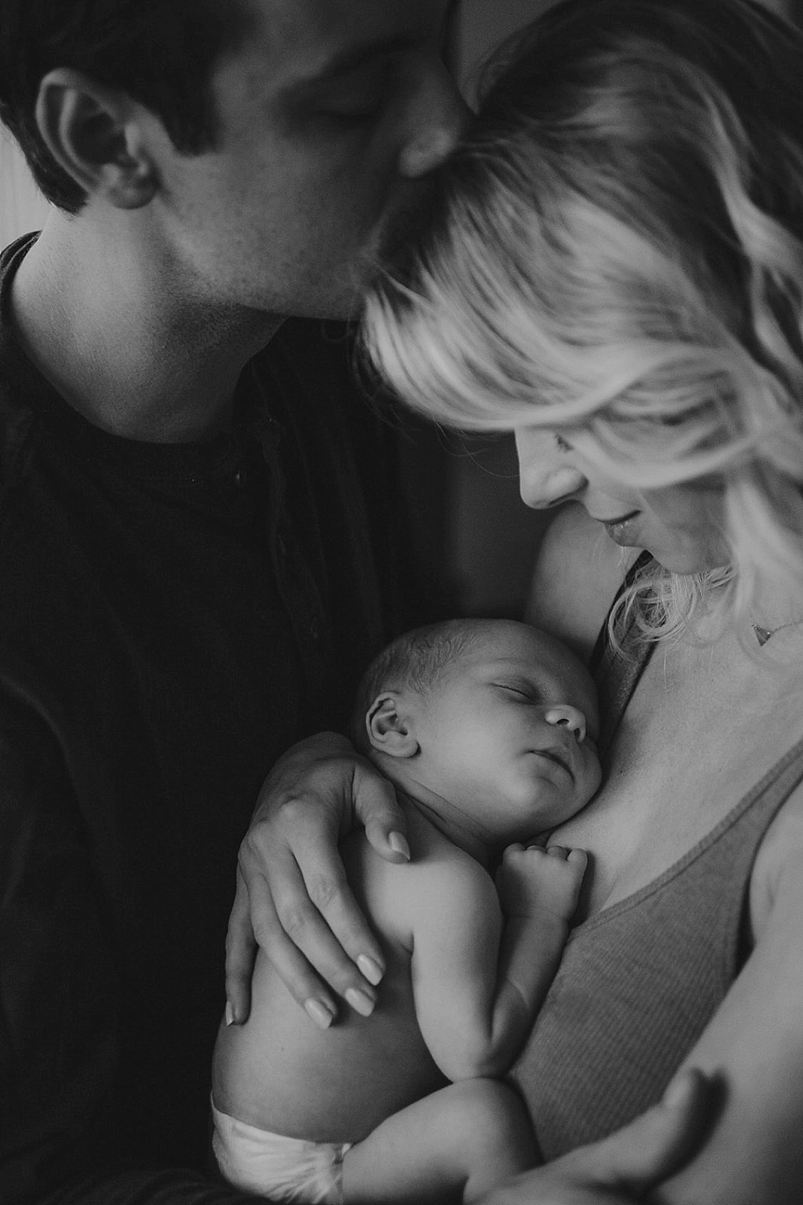 20_Maryland-In-Home-Newborn-Session-Family-Lifestyle