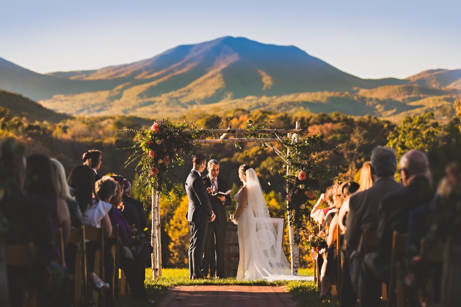 Outdoor Wedding Venue | Barn Wedding Venues | Virginia
