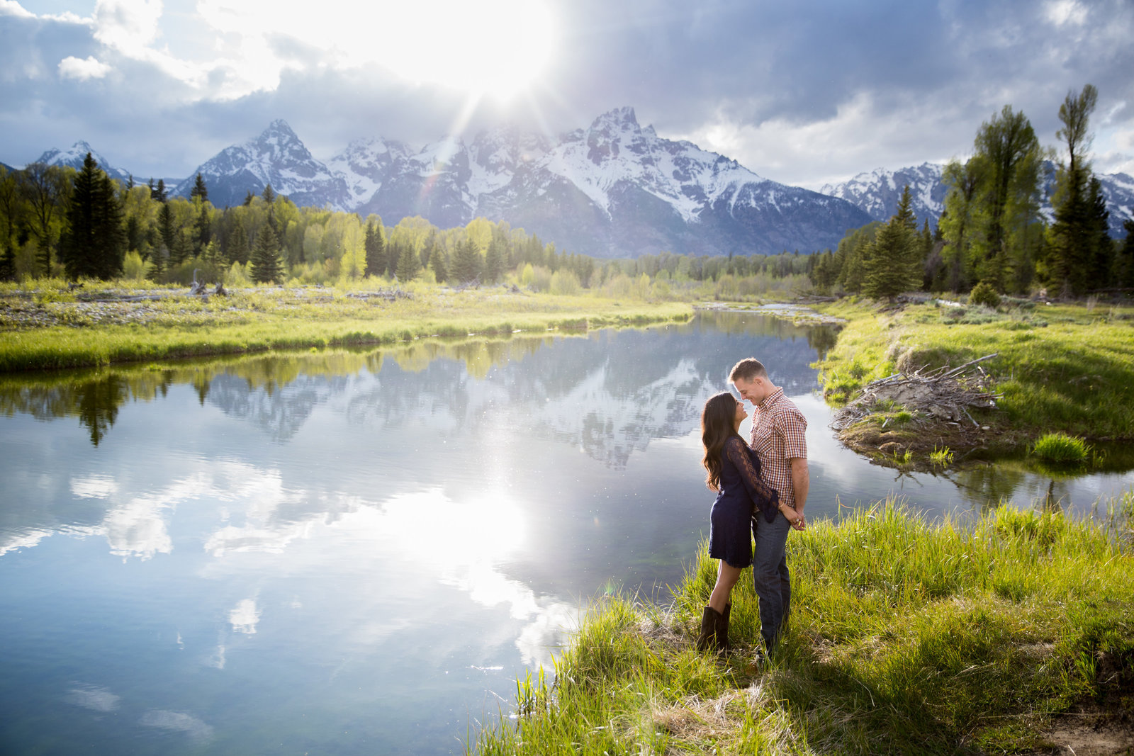 cwabacher's Landing engagement session in Grand Teton National park in spring