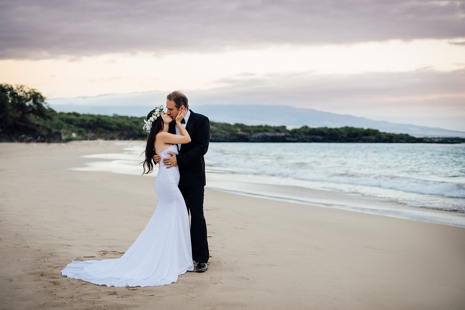 hapuna beach wedding