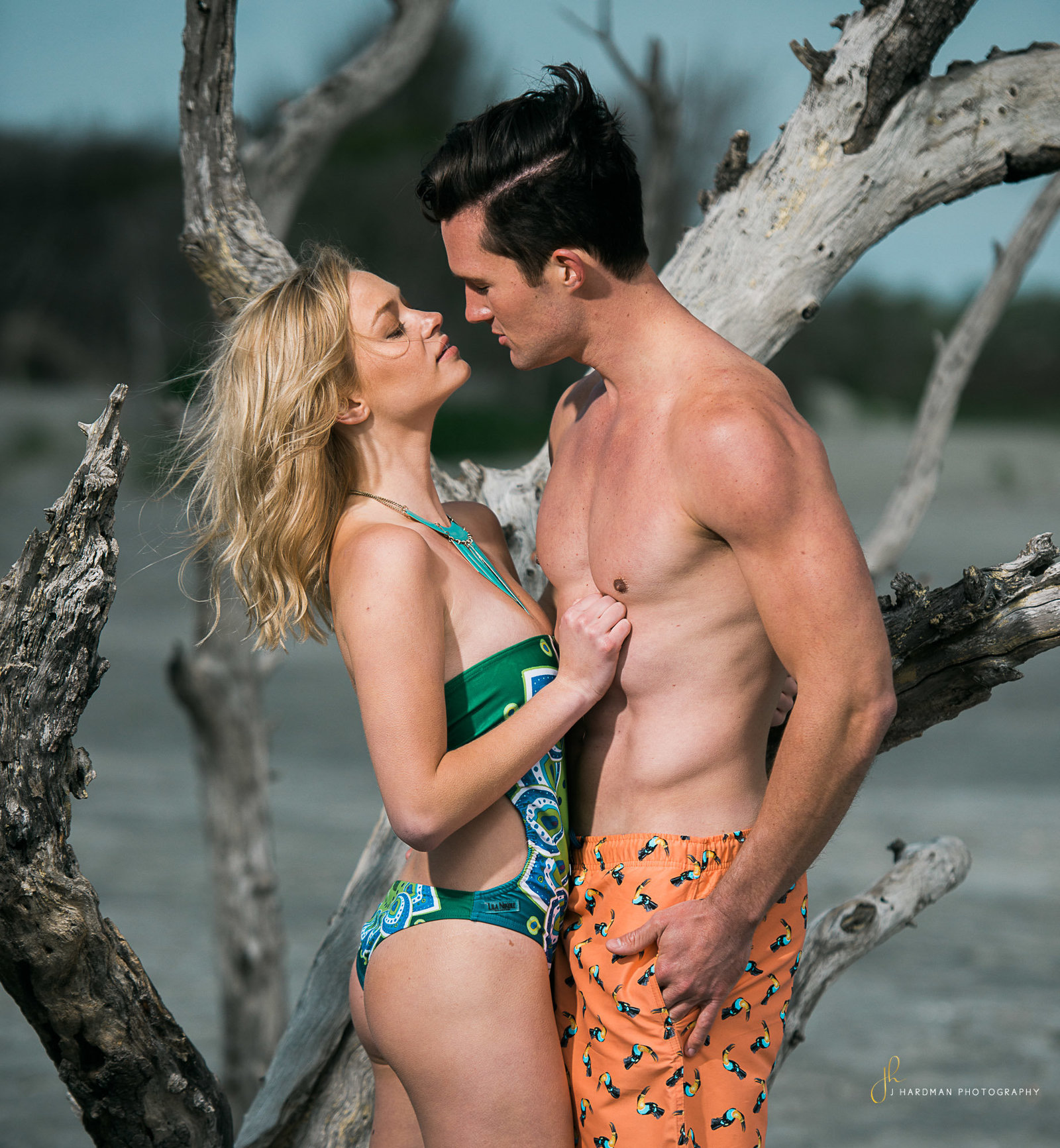 Couple Beach Photography Session with Hardman Portraits
