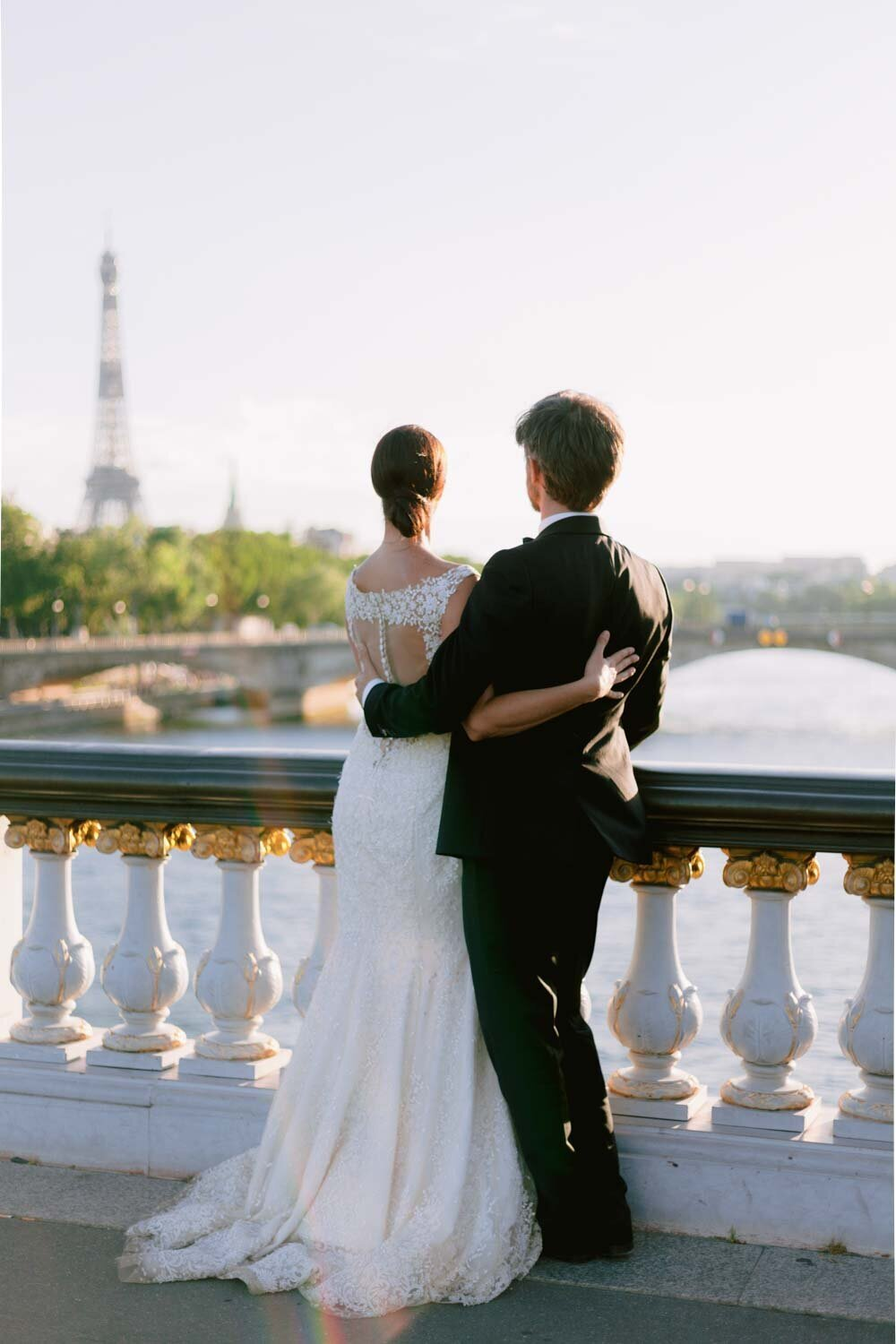 Engagement-elopement-paris-photographer-24