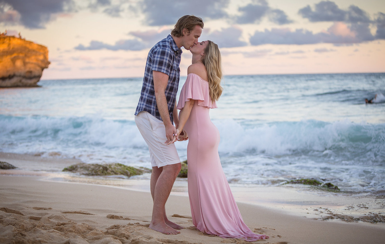 Maternity photographers on Kauai