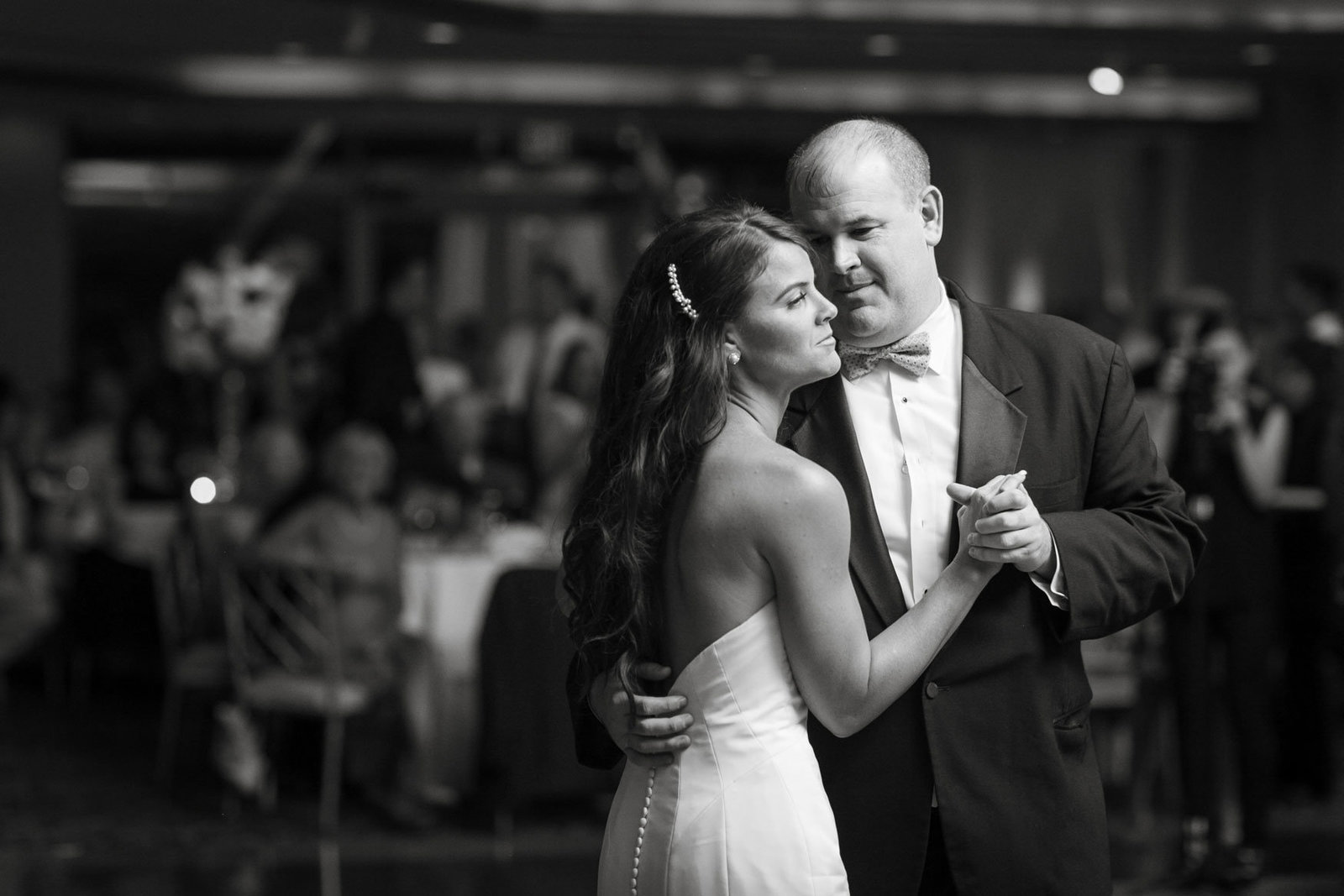 bride and father dancing at Glen Island Harbor Club