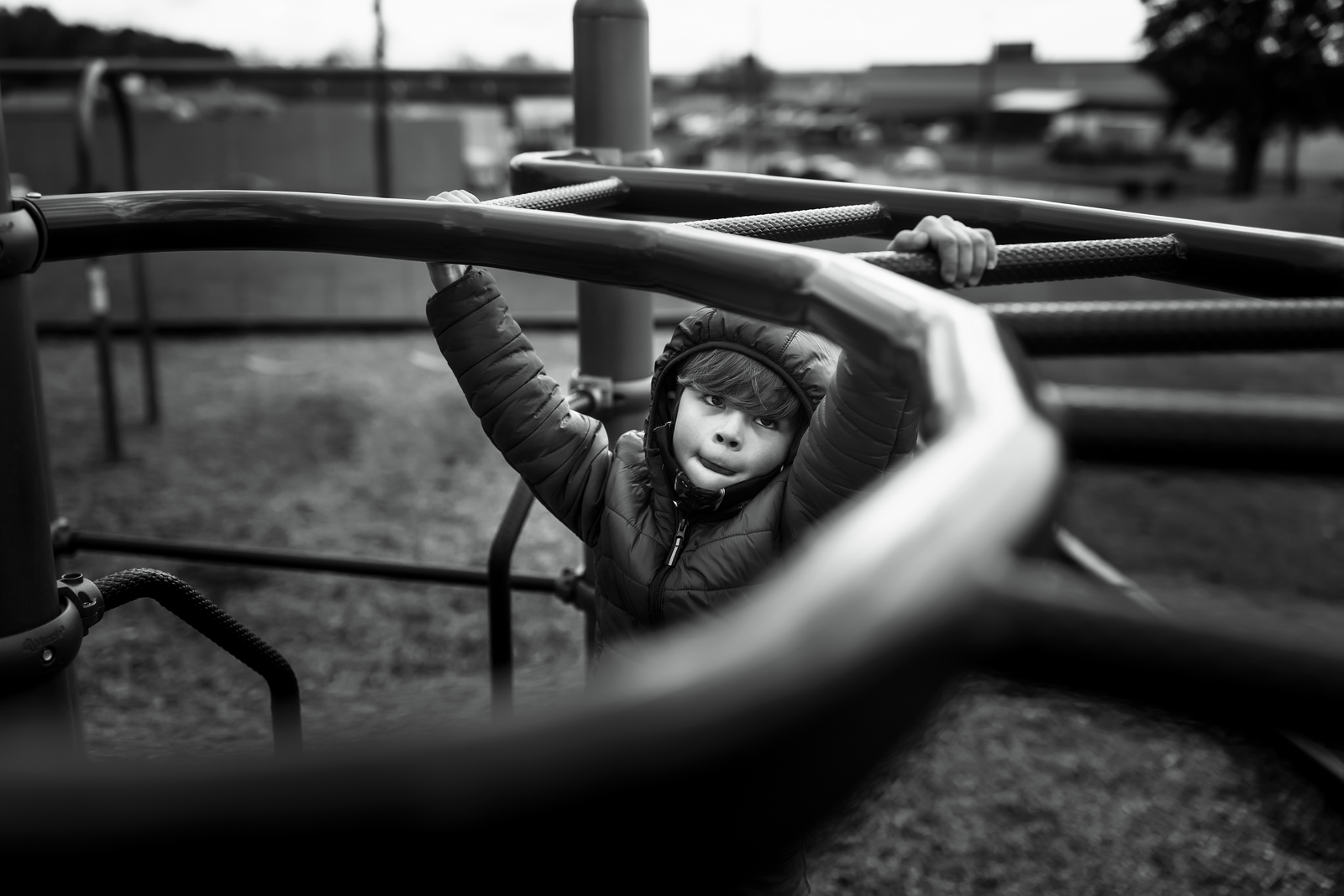 family photographer, columbus, ga, atlanta, documentary, photojournalism, playground, monkey bars_8274