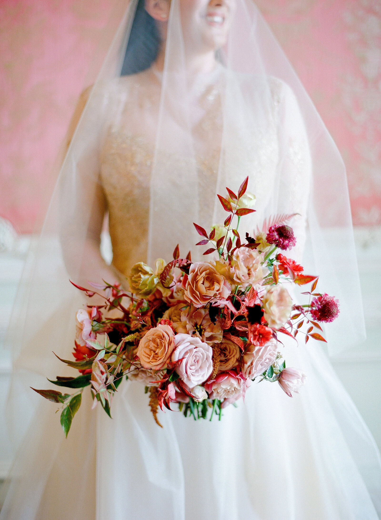 harpers-bazaar-best-wedding-florist-max-owens-bouquet