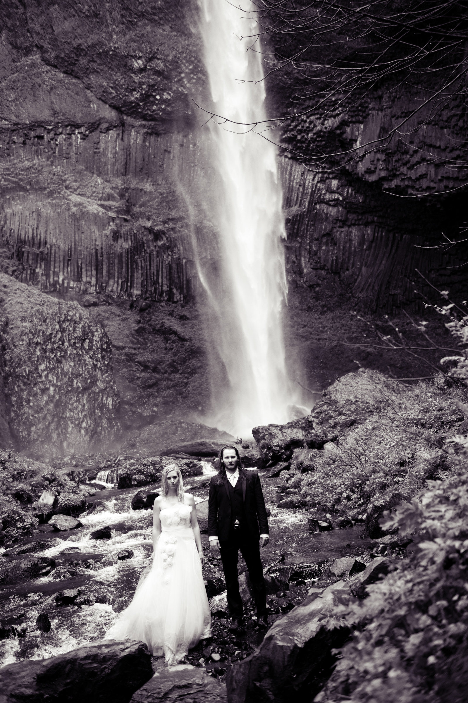 Crystal Genes Photography LATOURELL FALLS ELOPEMENT170421-161344
