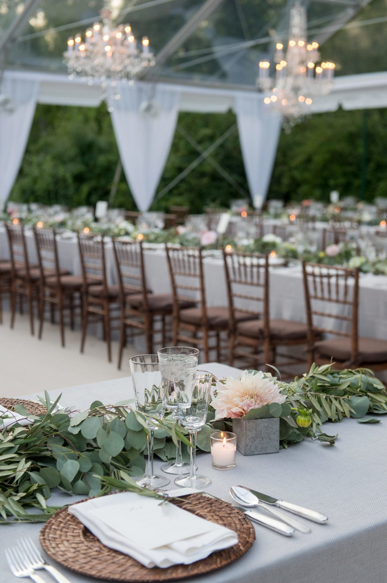 Rustic and elegant table for a home wedding in Washington, CT