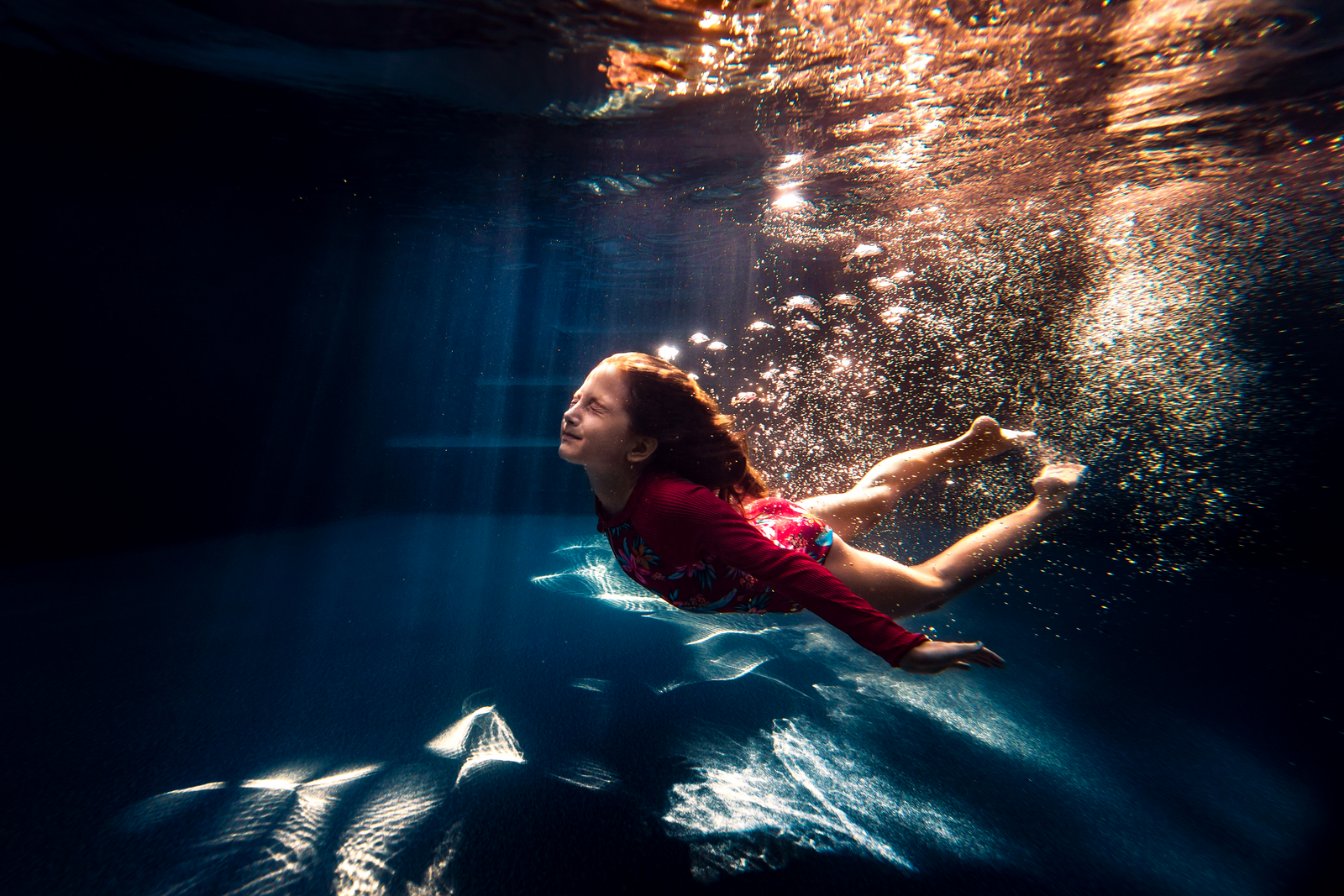 underwater photographer, columbus, ga, atlanta, pool, young girl swimming, ker-fox photography_2210