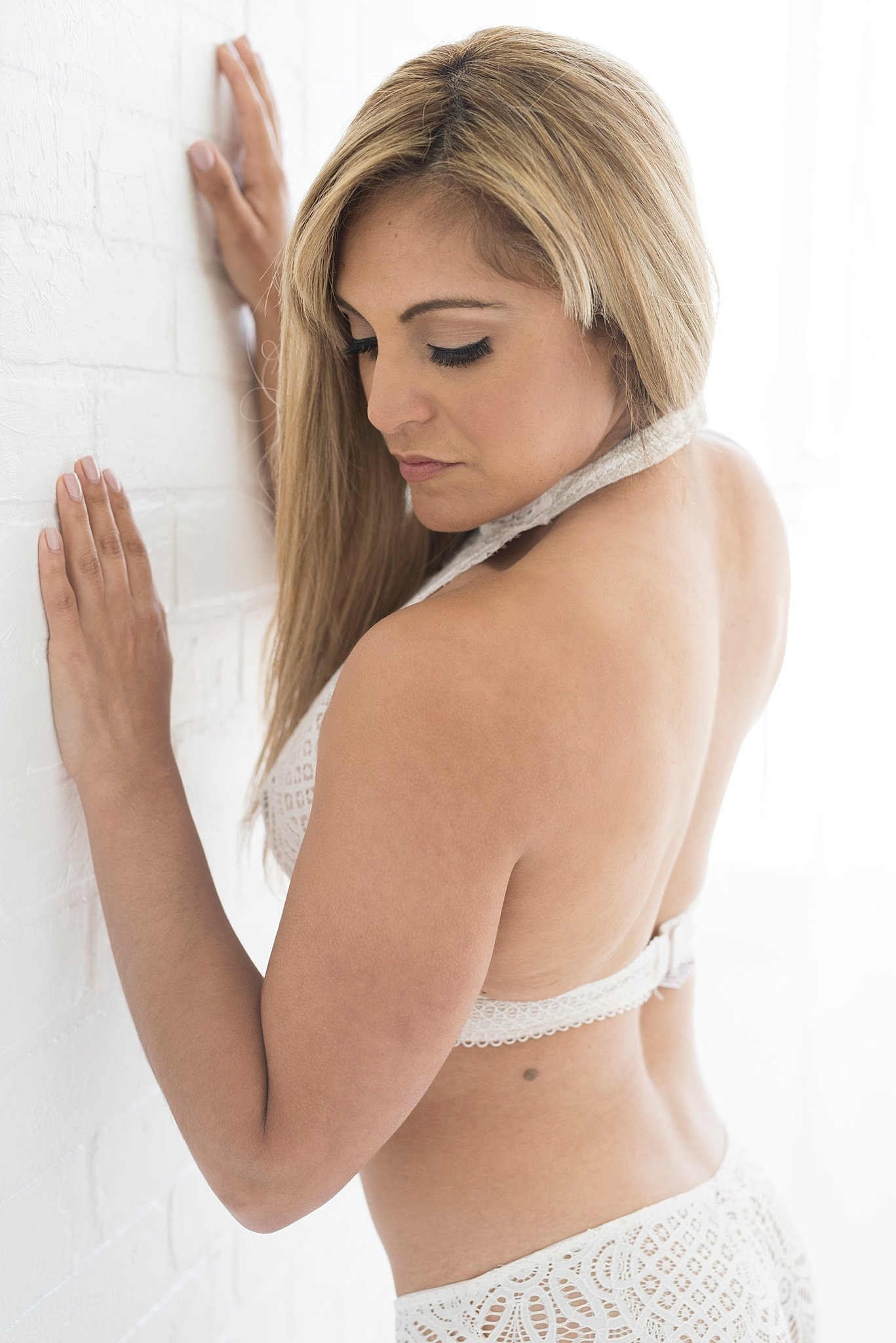 boudoir-photographer-san-antonio-lifestyle-photos