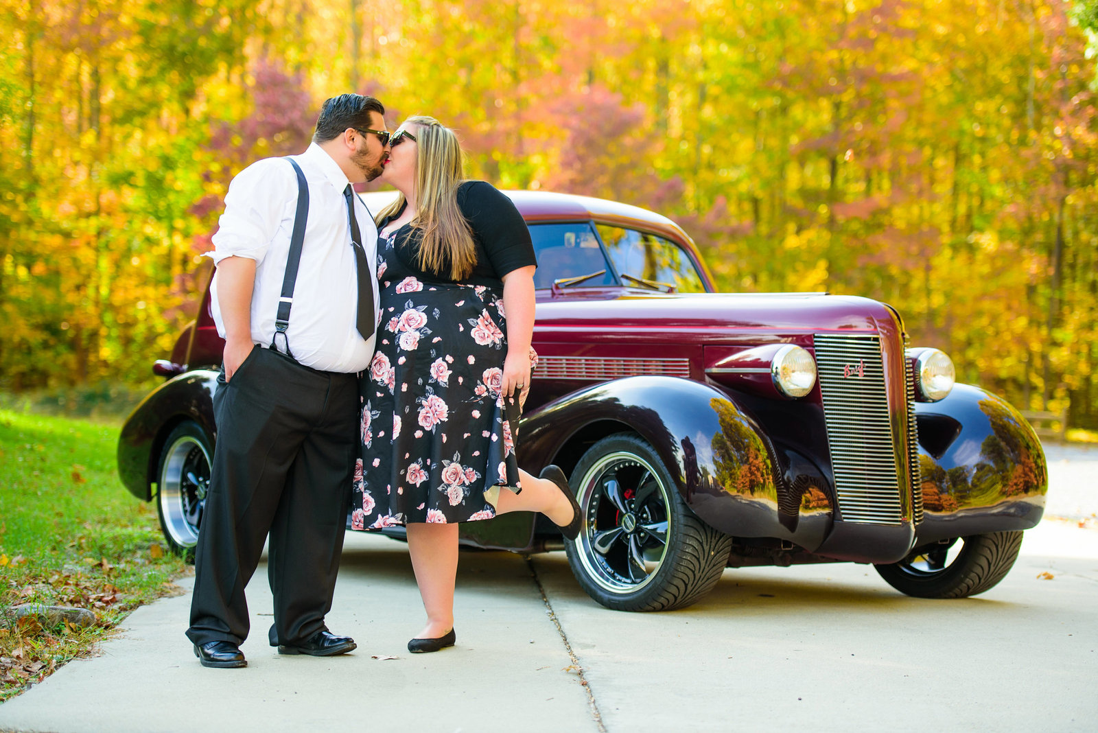 Retro_Pinup_Car_engagement_session_Nj022