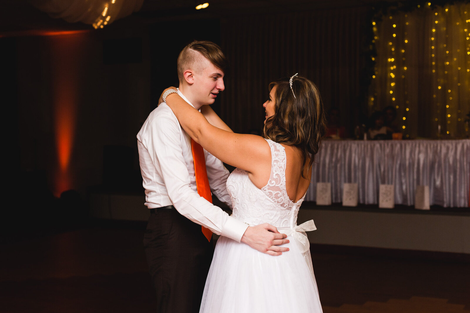 bride and son first dance while crying makoy ohio