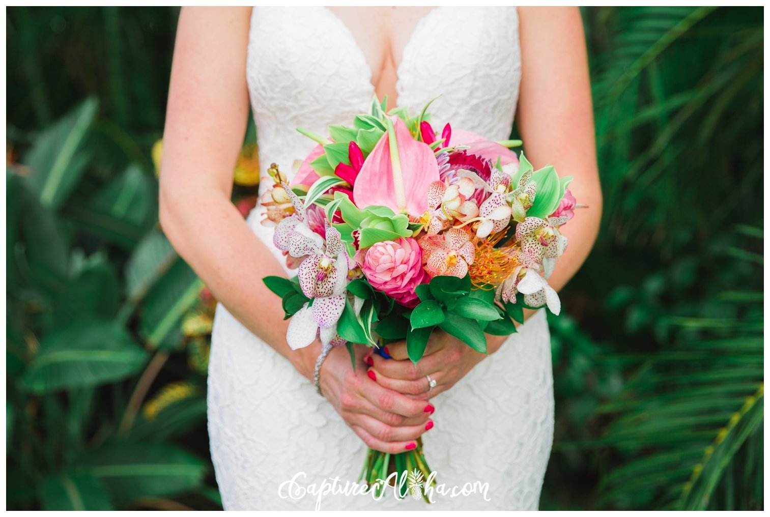 bridal-bouquet-tropical