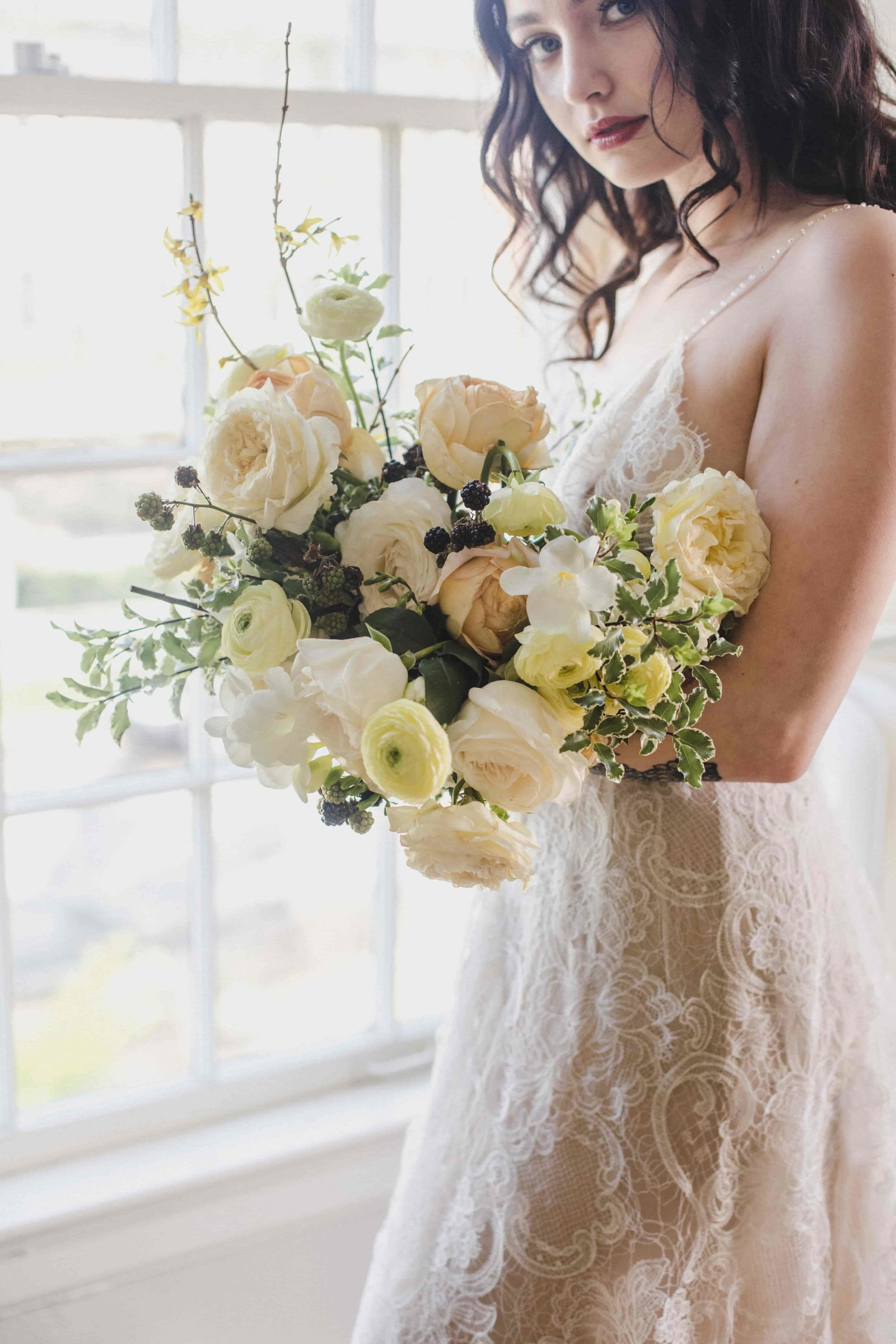 lace wedding dress florals seattle-min