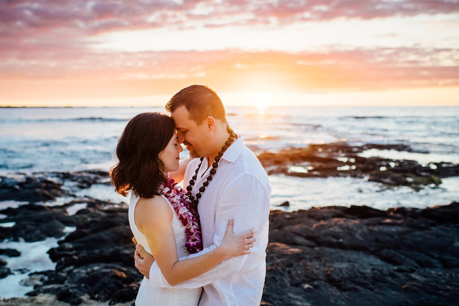 hawaii-elopement-photographer-kukio-beach