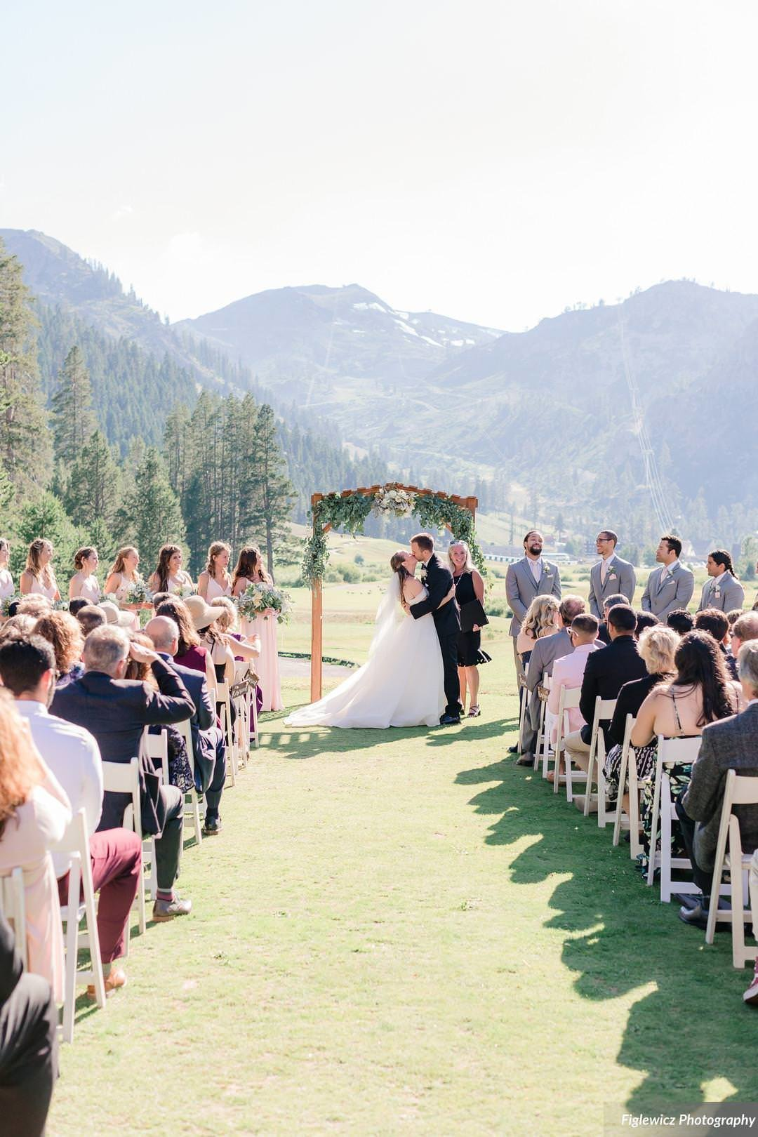 Garden_Tinsley_FiglewiczPhotography_LakeTahoeWeddingSquawValleyCreekTaylorBrendan00108_big
