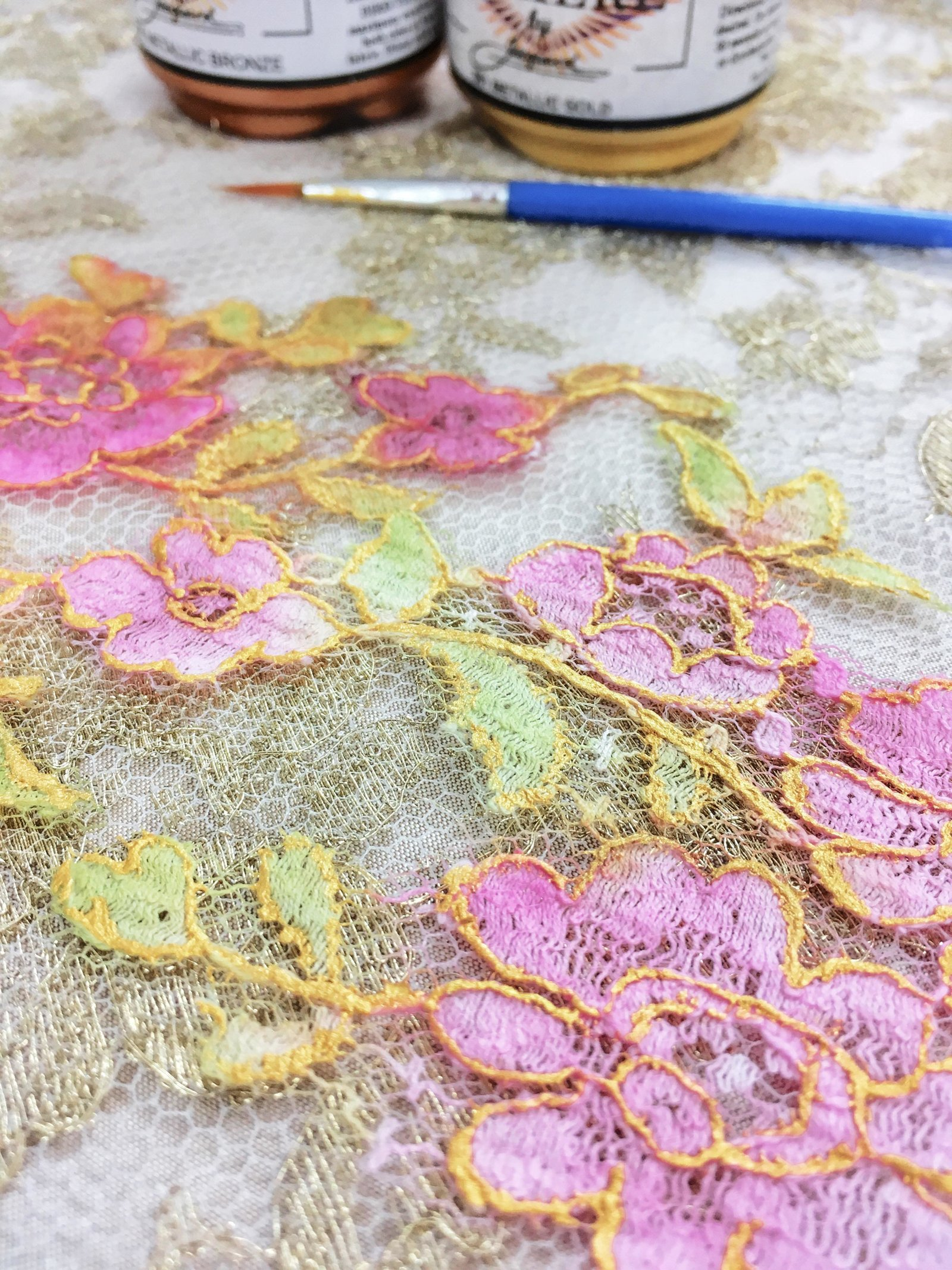 couture_details_gilded_painted_lace_JoanneFlemingDesign (1)