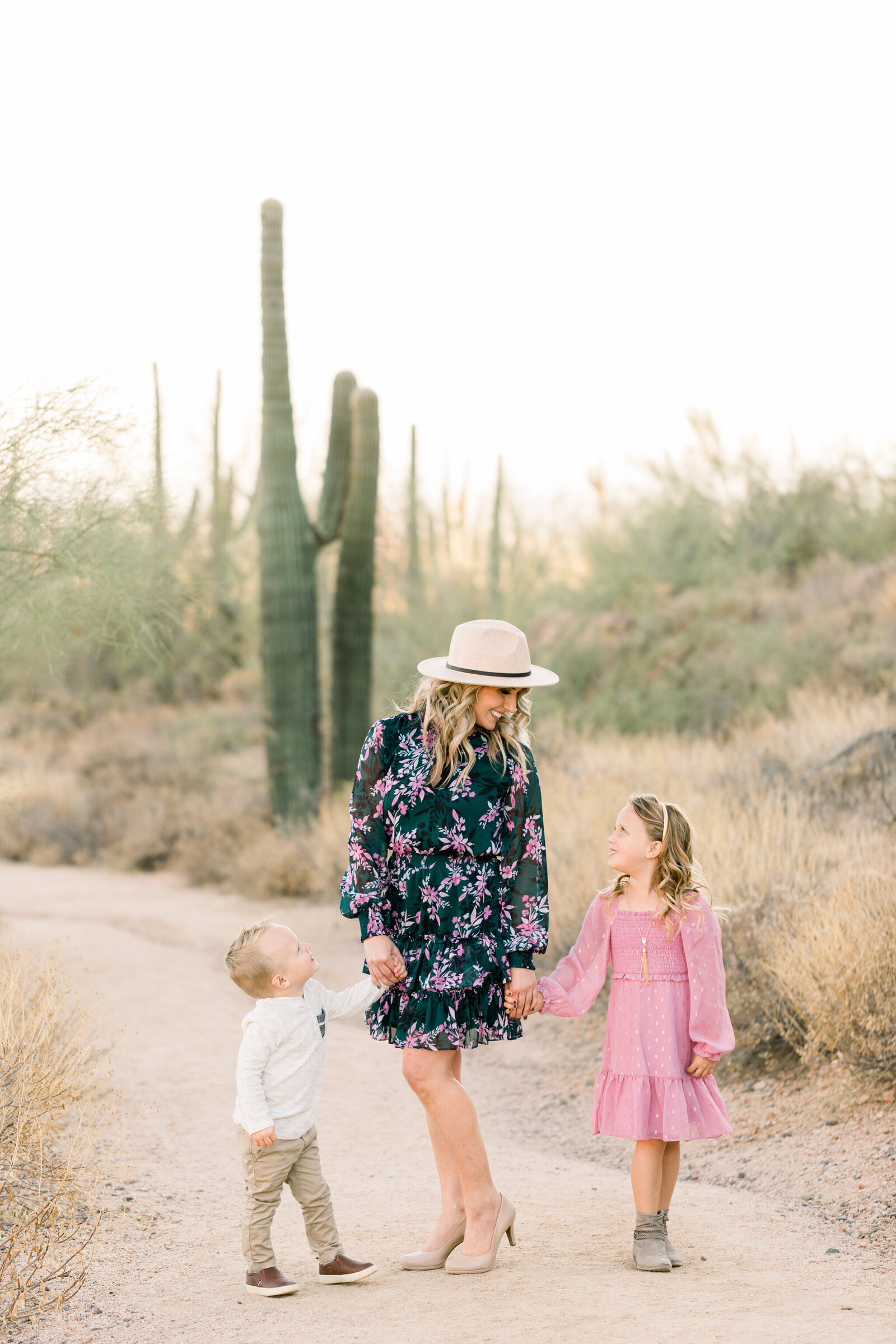 Aly-Kirk-Photo-Mesa-Family-Photographer-0001
