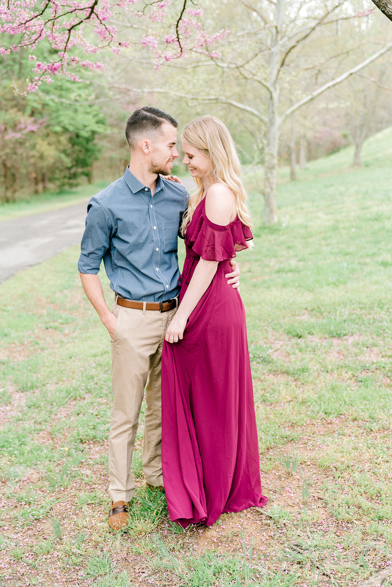 charlotte-engagement-wedding-photographer-clarks-creek-weddings-bride-style-me-pretty-session-wedding-fine-art-bright-and-airy-film-photographer-alyssa-frost-photography-7
