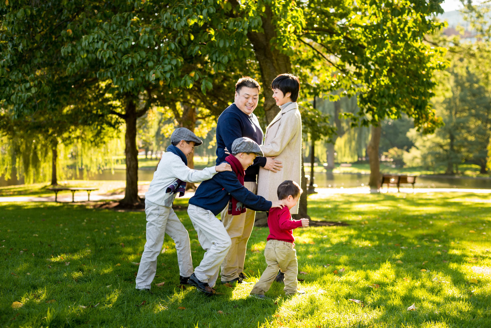 Boston-Family-Photographer-Public-Gardens-Session-31