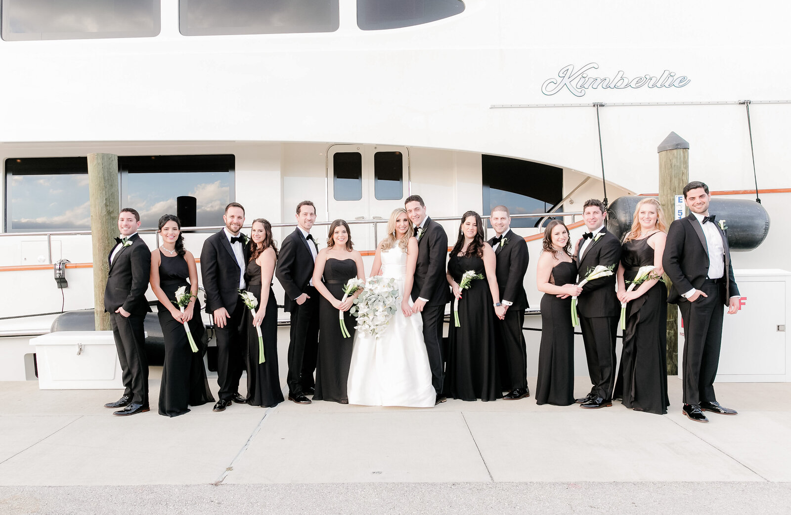 Wedding Party Photos Outdoors