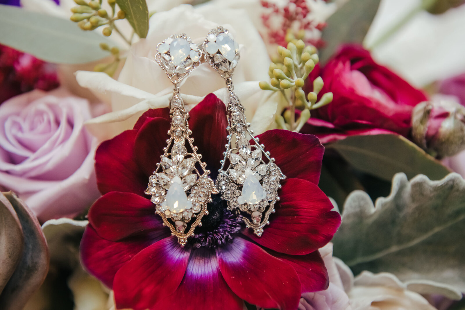 wedding-elgin-bouquet-jewelry