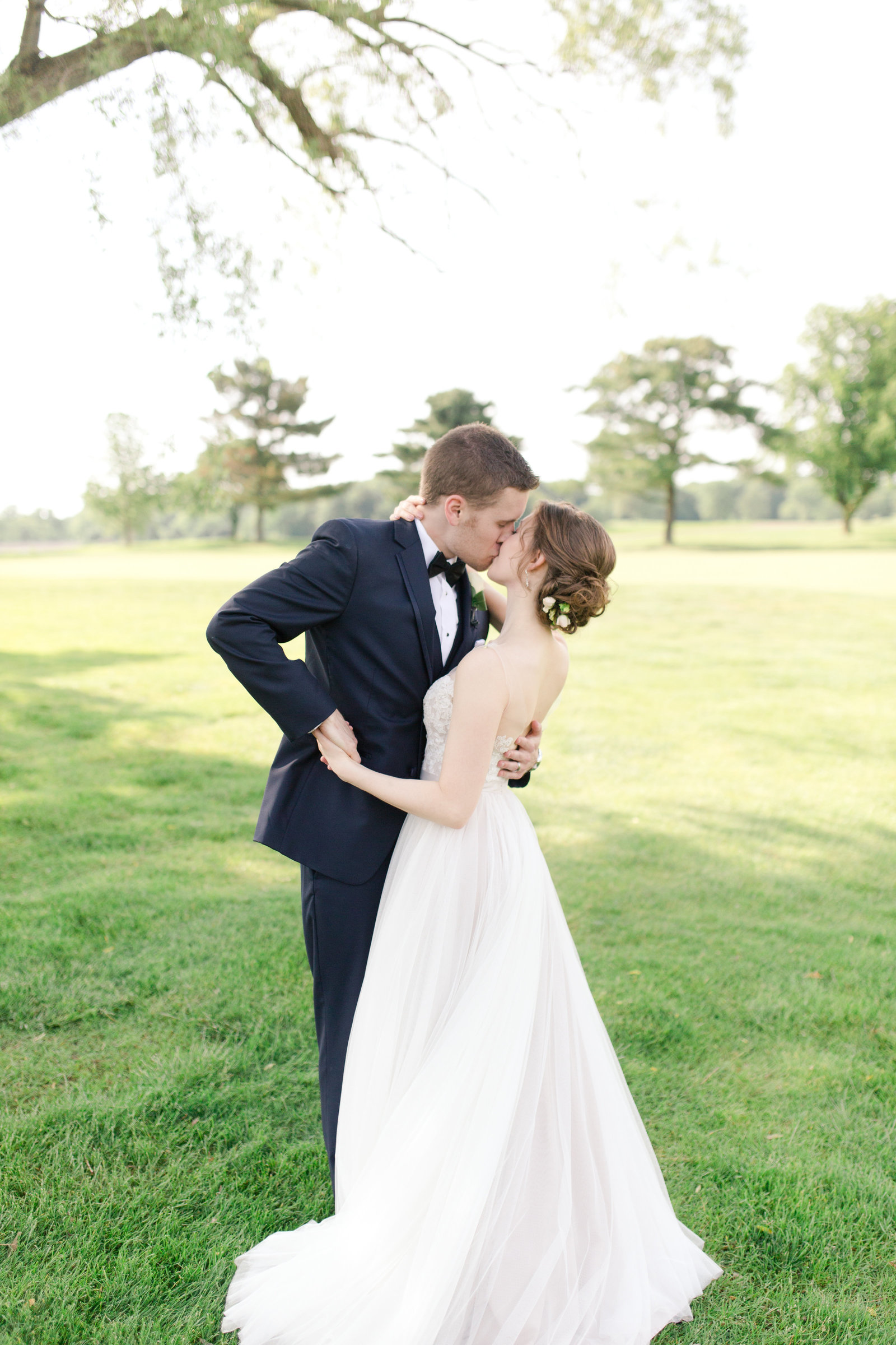 Akron Wedding Photographer at The Firestone Country Club