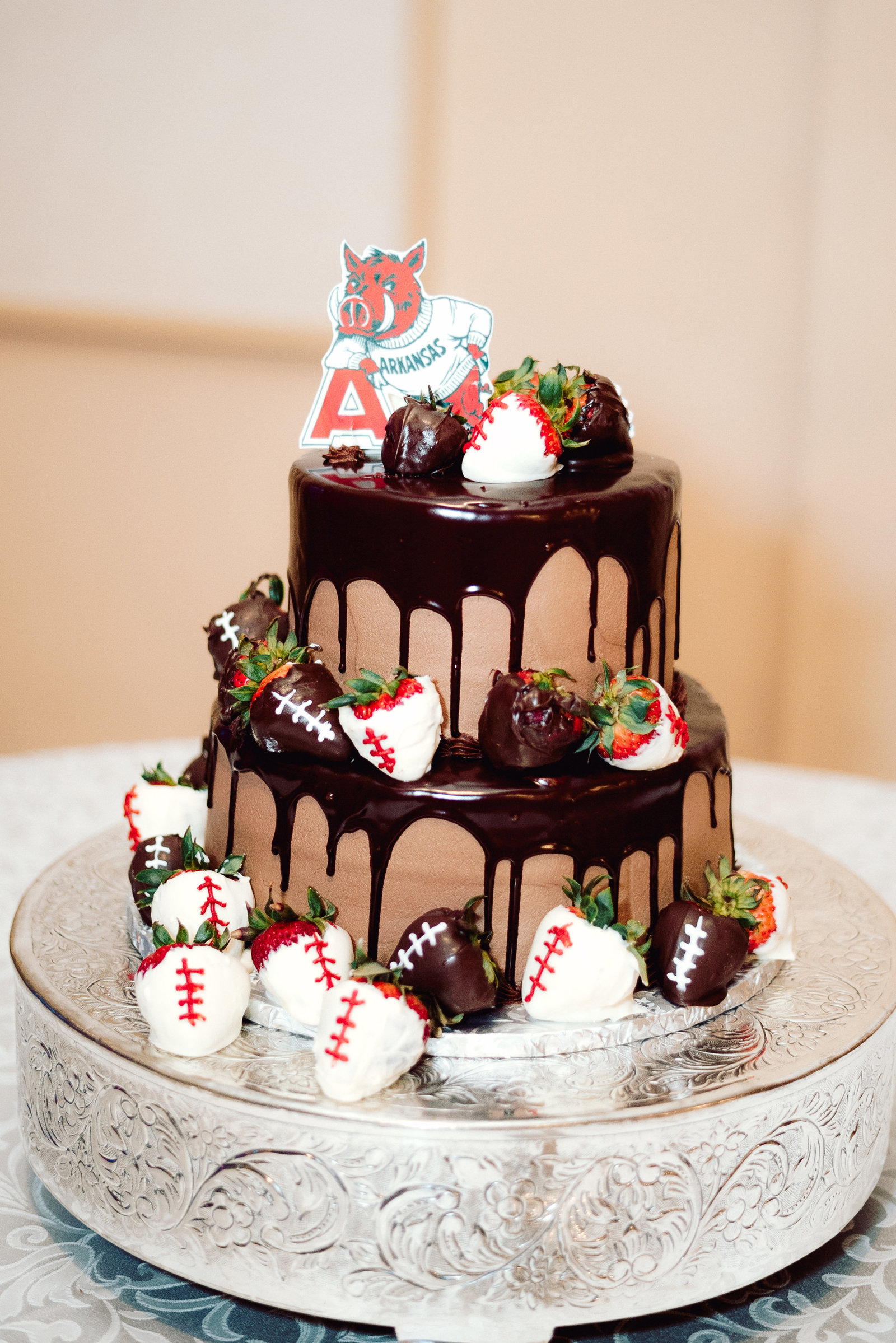 Razorback Grooms Wedding Cake