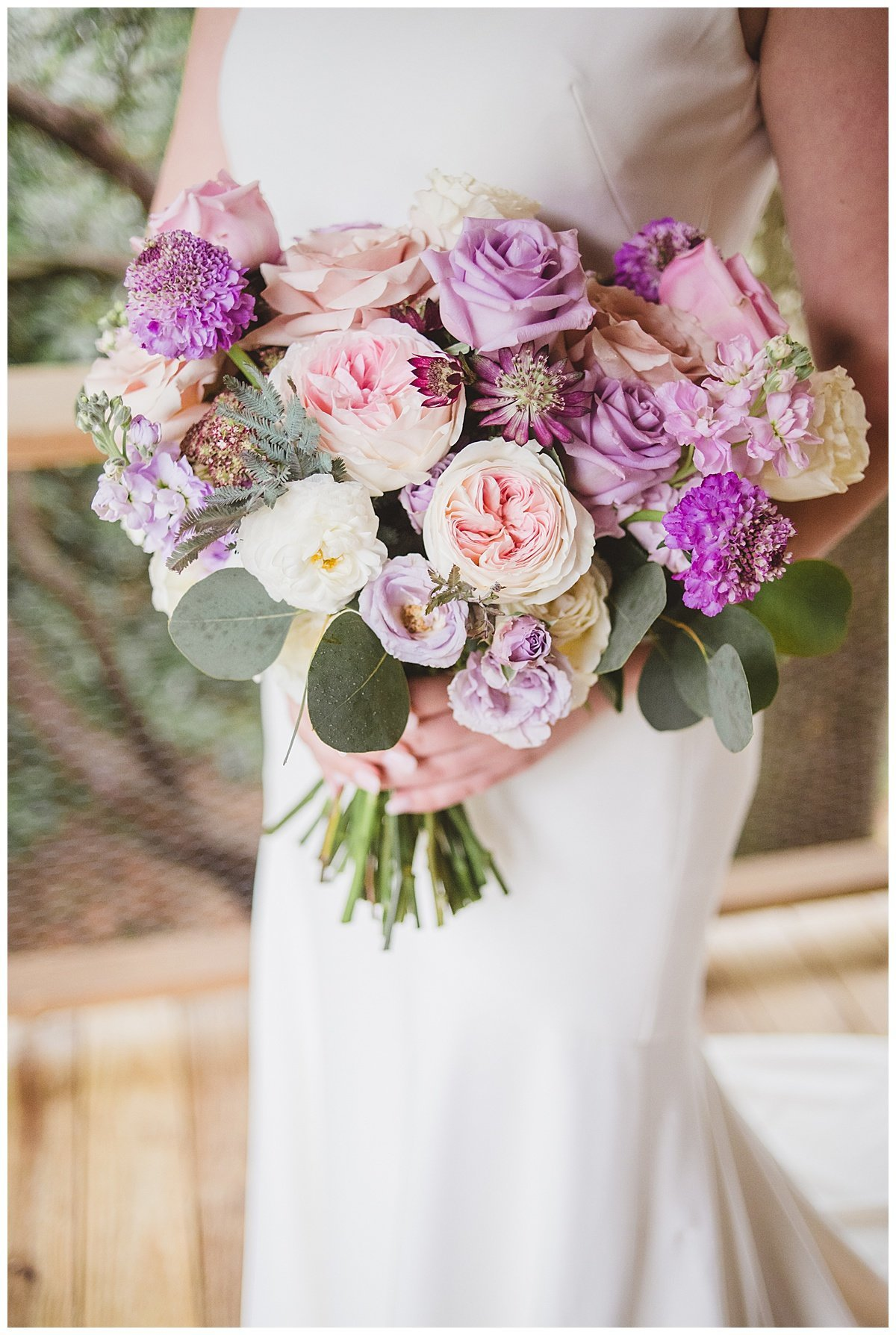 Destination-spring-barn-wedding-by-Omaha-wedding-florist-Lindsay-Elizabeth-Events-North-Carolina-Mountain-Garden-Rustic-Lavender-Purple-Pink-Wedding14