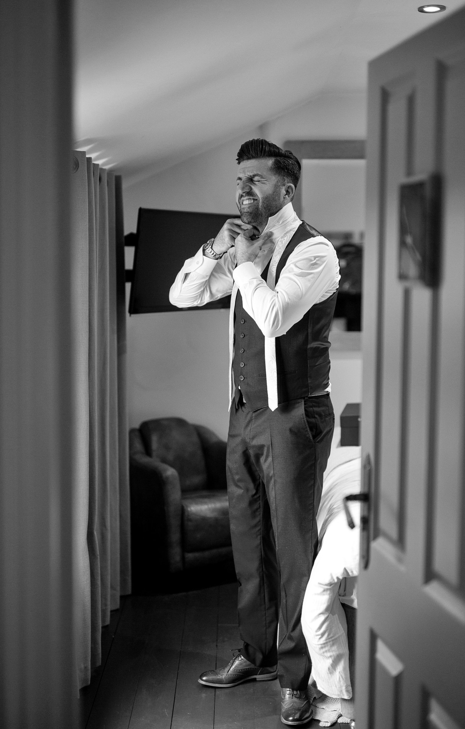 adorlee-1121-southend-barns-wedding-photographer-chichester-west-sussex