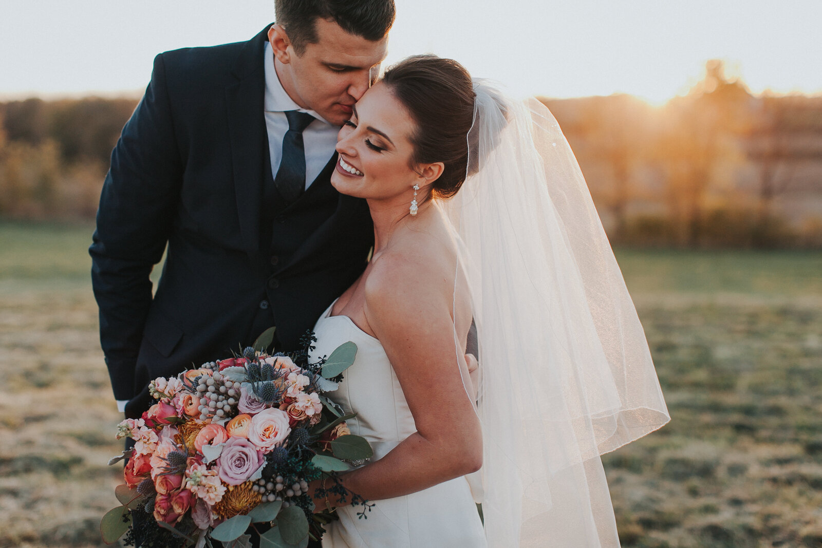 Bride+Groom+Sunset+Portraits