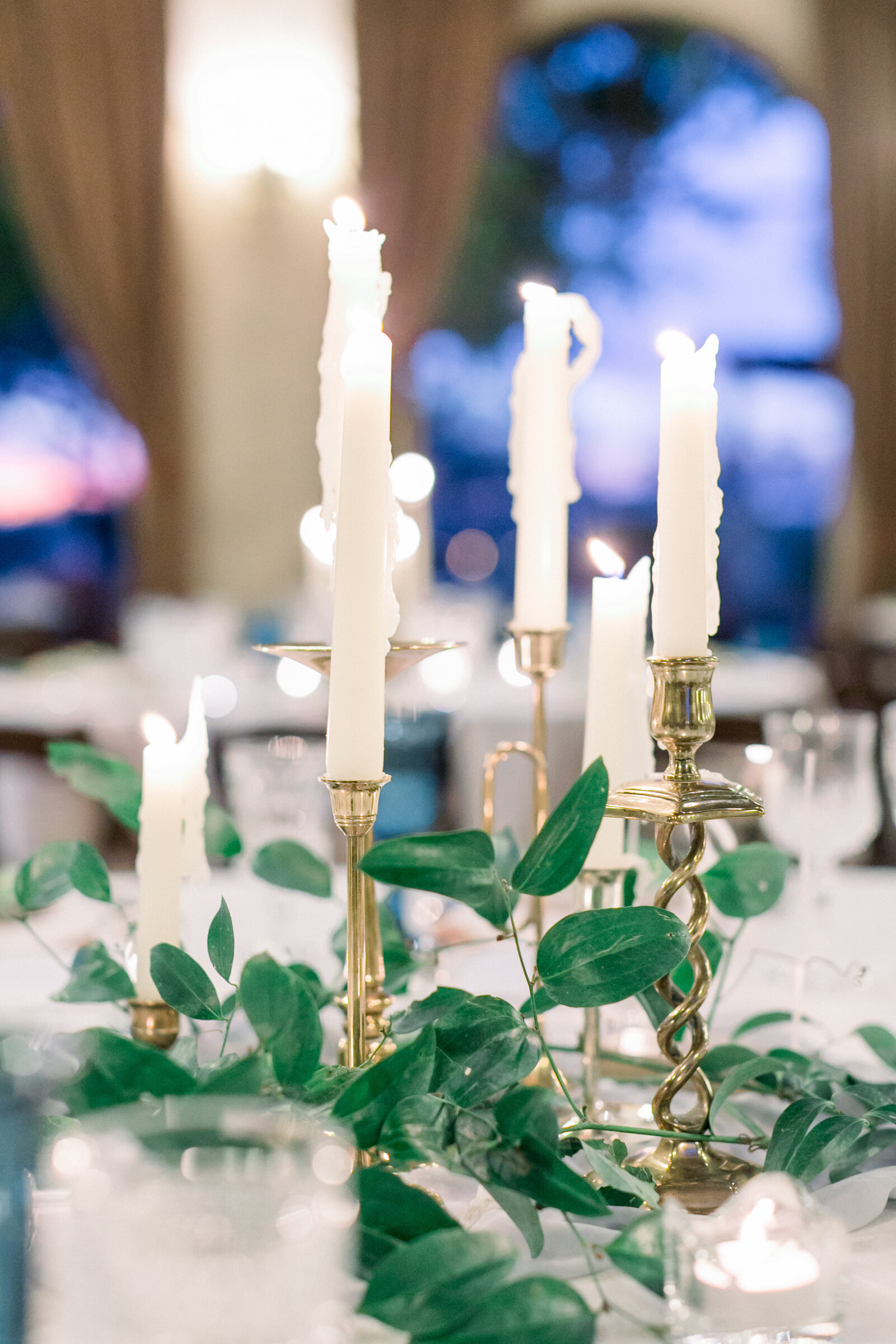 wedding-centerpieces-brass-candlesticks-flowers-scottsdale-az