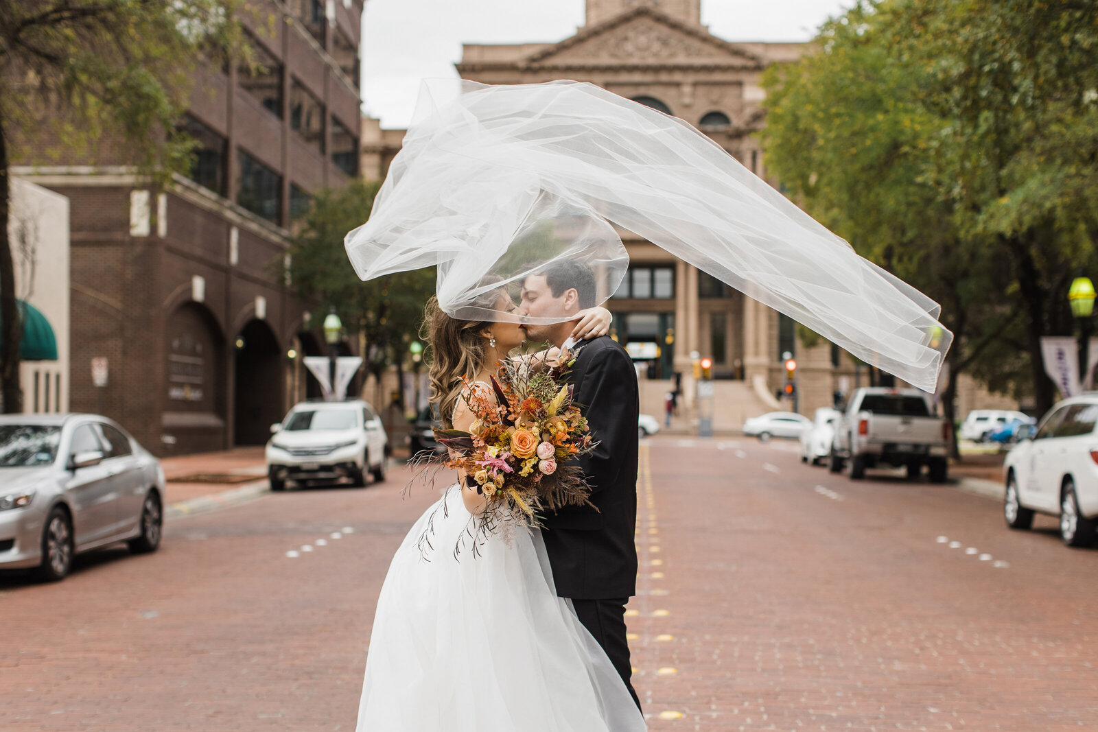 Fort Worth Courthouse Wedding Photographer