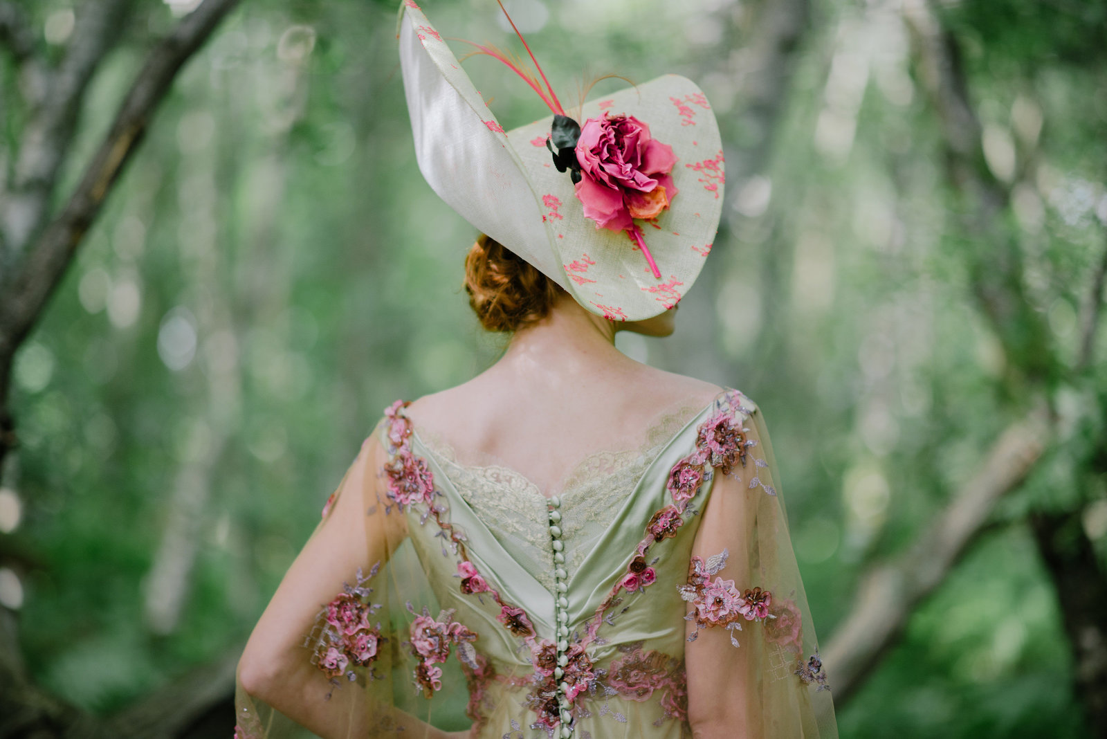 Gainsborough_belle_epoque_green_lilac_wedding_dress_JoanneFlemingDesign_JMS (10)web