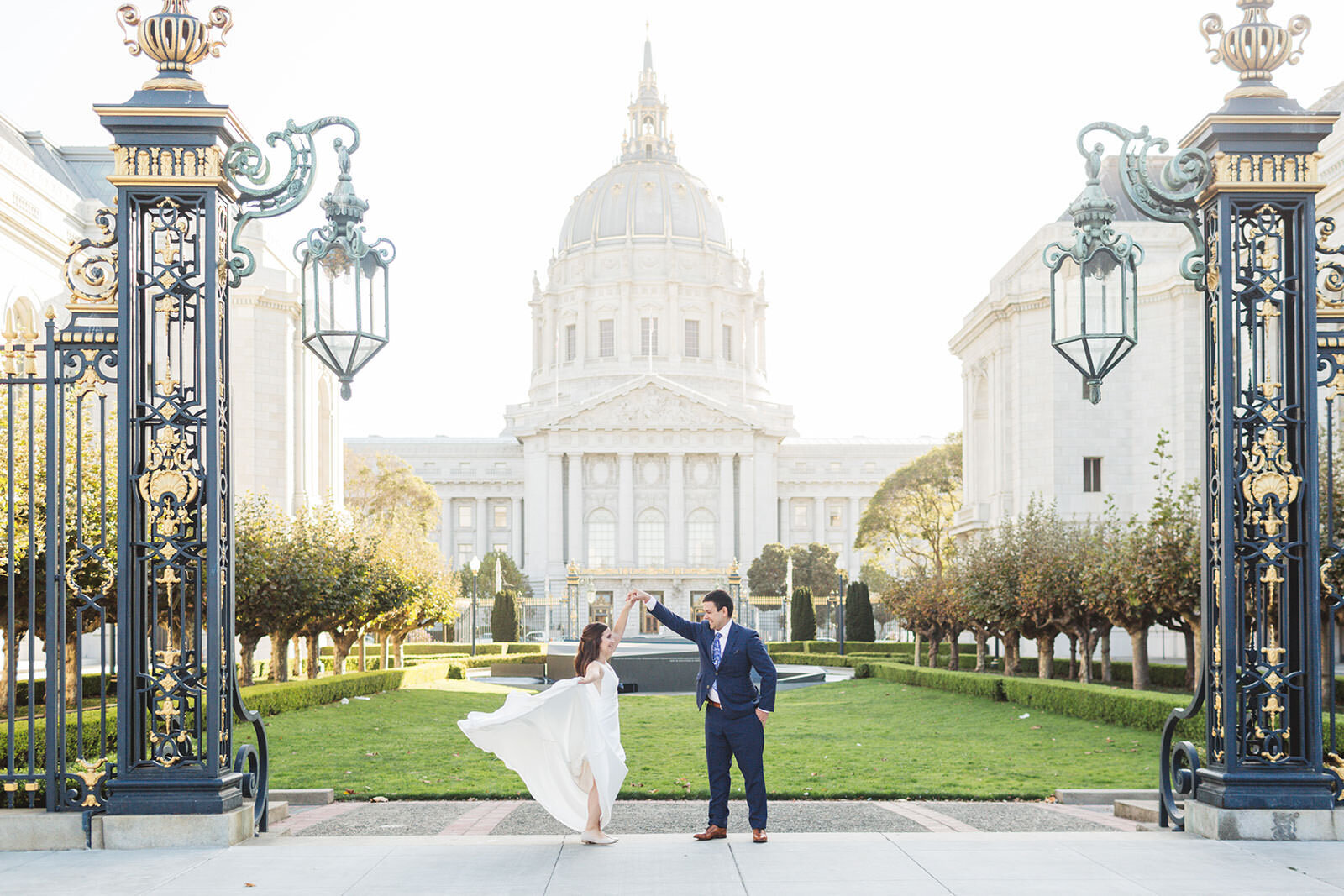 memorial garden behind san francisco city hall - wedding photography