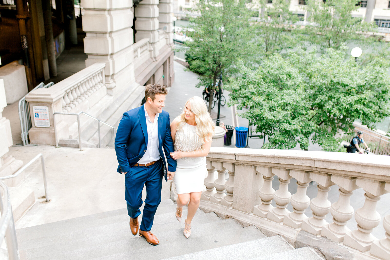 Lincoln Park Chicago  Engagement session by Chicago wedding photographer Bozena Voytko