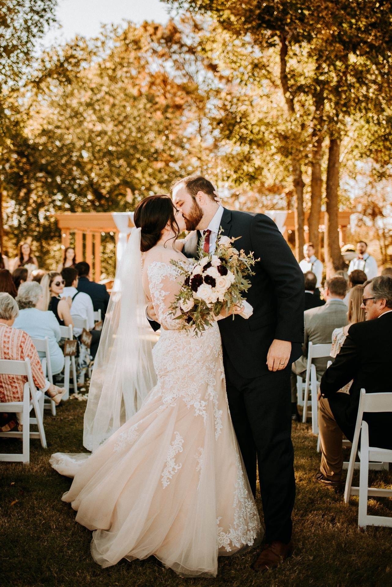 Arkansas Wedding Ceremony Kiss