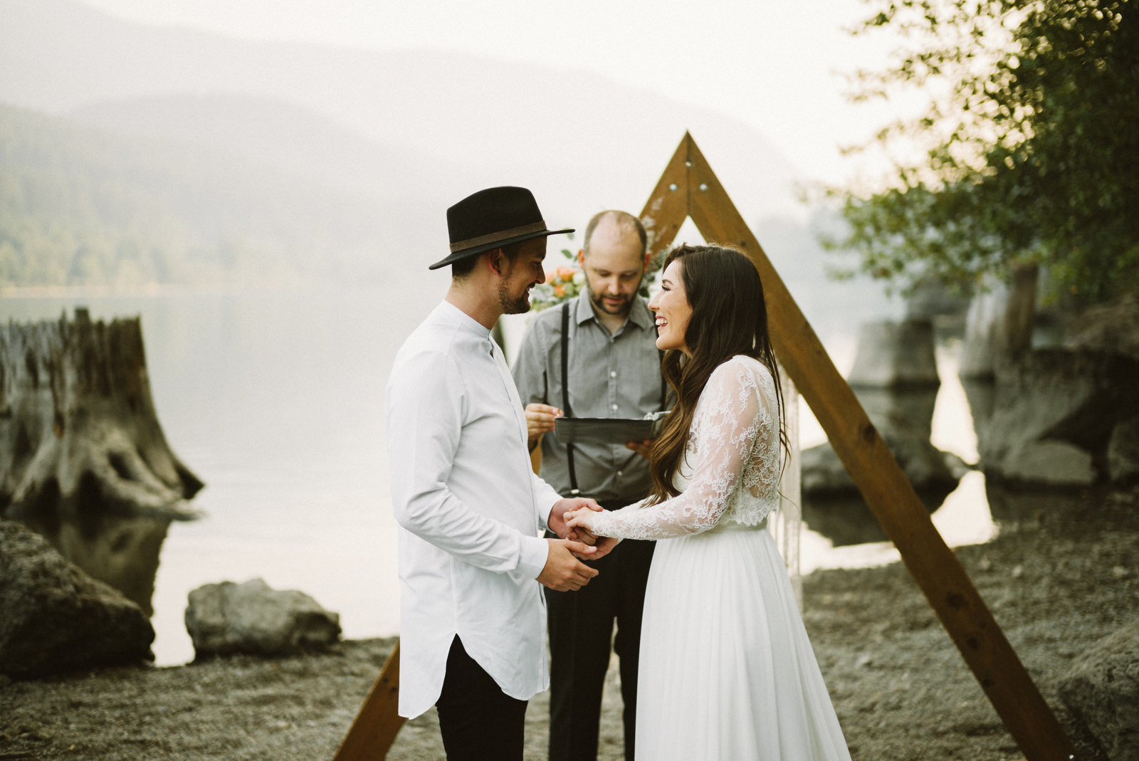 athena-and-camron-seattle-elopement-wedding-benj-haisch-rattlesnake-lake-christian-couple-goals52