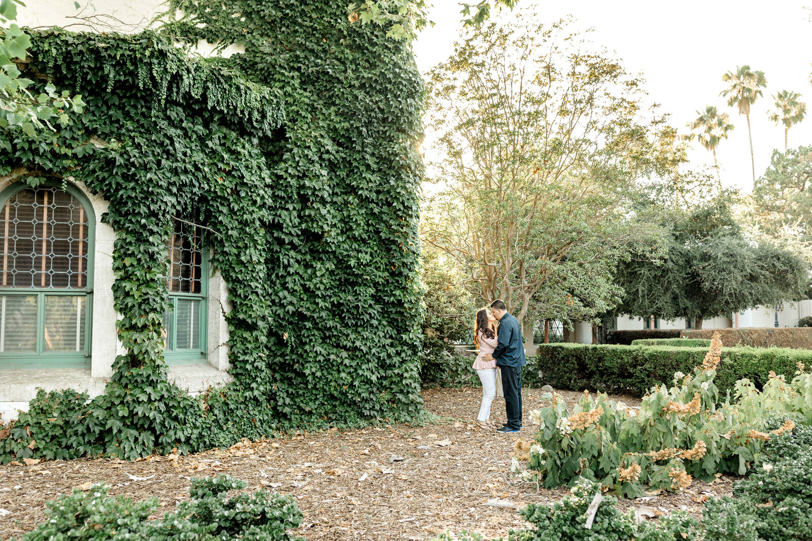 beautiful ivy green engagement session in LA in California
