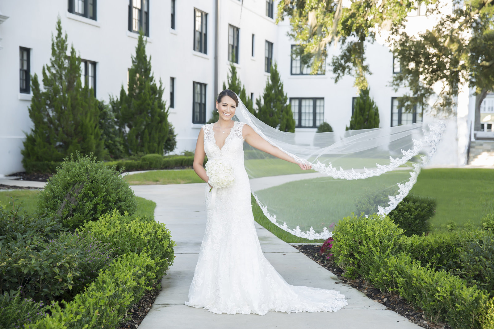 Bridal Portrait Photographers in Biloxi