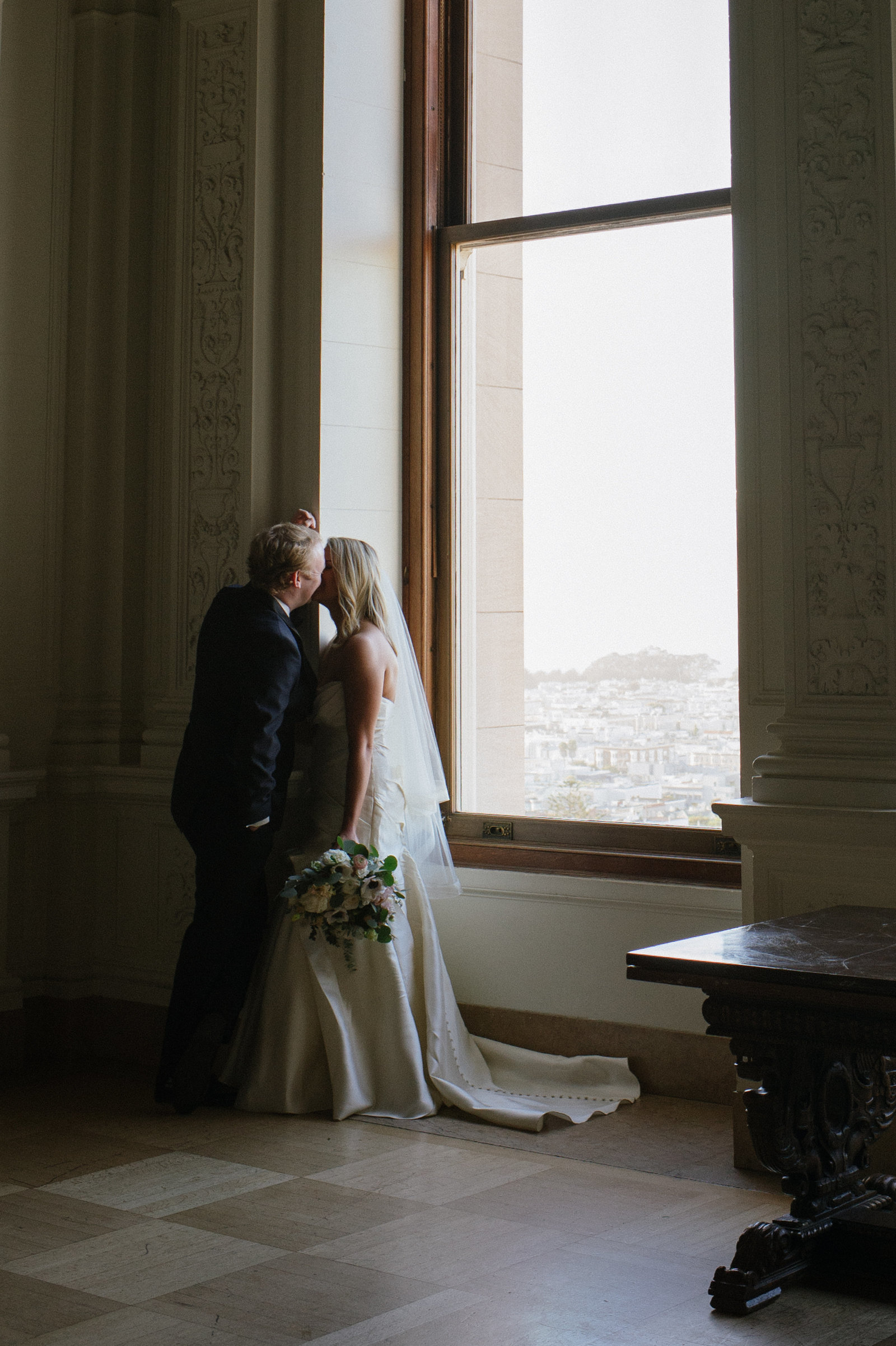 0896-MJ0_6136-2-san-francisco-california-wedding-flood-mansion-michaela-joy-photography